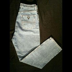 VTG classic fit Guess jeans size 3w EUC